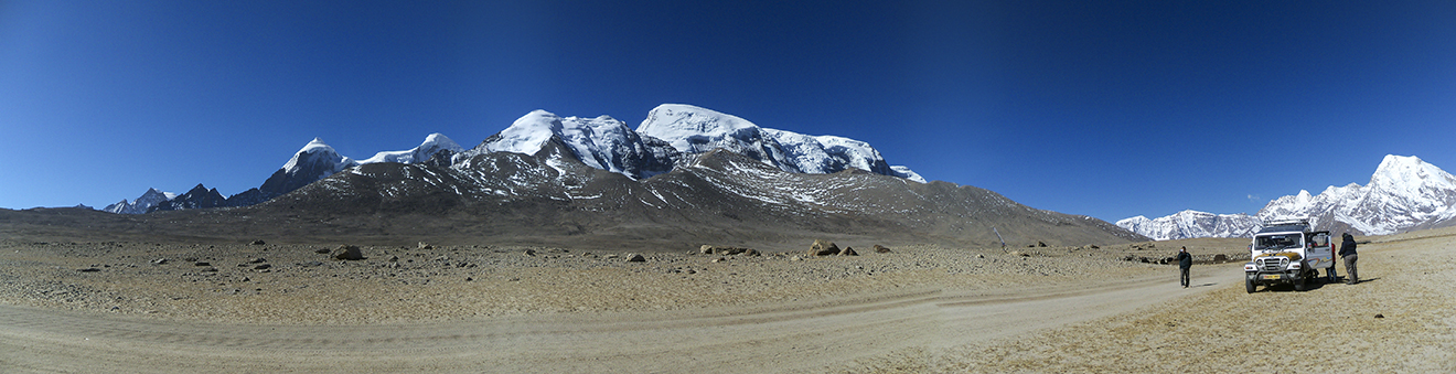 The Way to Gurudongmar Lake